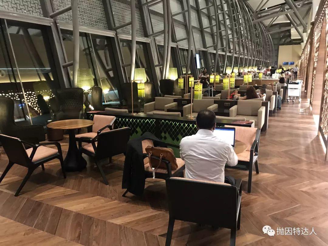 《人手必备&免费吃遍全球1200家机场休息室 - Priority Pass Select介绍【2019/07更新:Amex发行的PPS不能在餐厅用餐】》