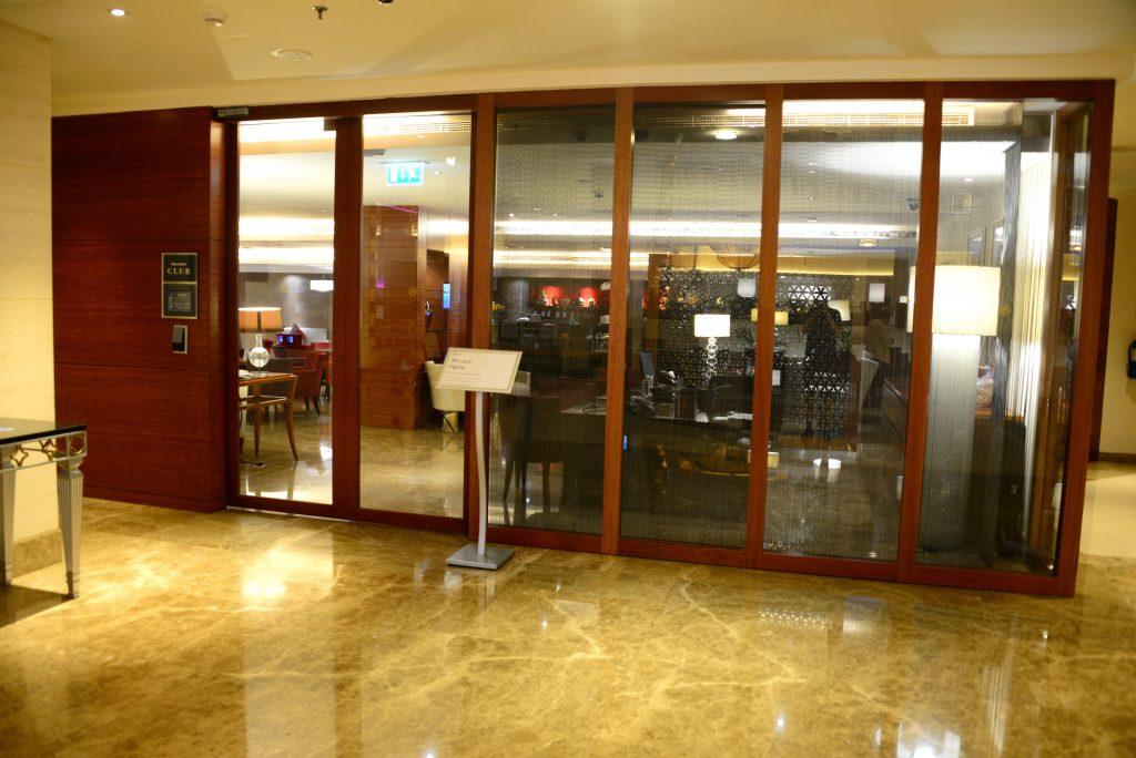 《前些天出现总统套房Bug价的酒店 - 迪拜河喜来登酒店入住体验报告》