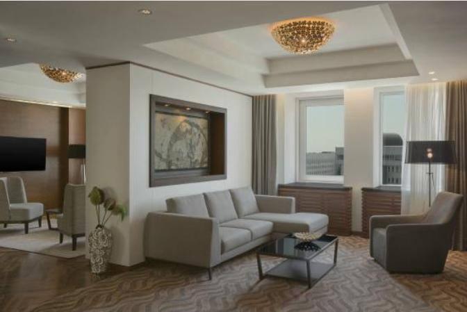 《又有一家IHG旗下酒店可以使用积分订高级套房了,而且这次还有总统套房!》