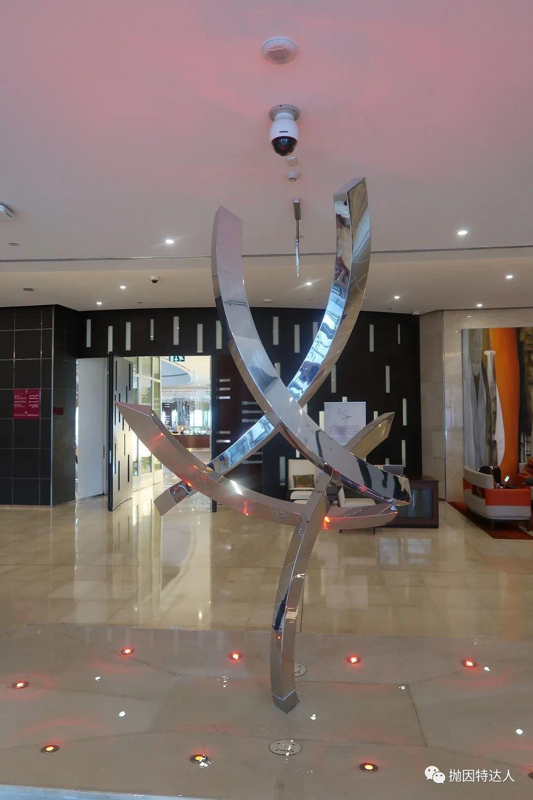 《50美元不到的五星级酒店体验 - 多哈商业园皇冠假日酒店入住体验报告》