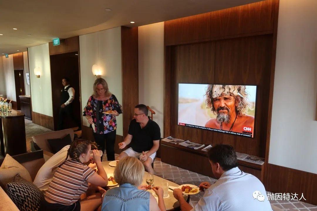 《远眺鱼尾狮,积分房超值 - 新加坡康莱德酒店(Conrad Centennial Singapore)入住体验报告》